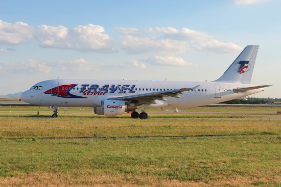 Airbus A320-211 - YL-LCE