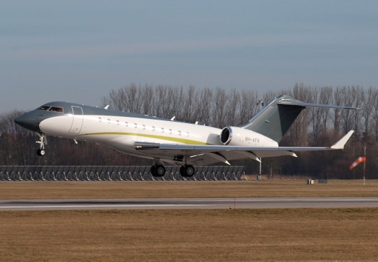 Bombardier BD700-1A11 Global 5000 - 9H-AFR