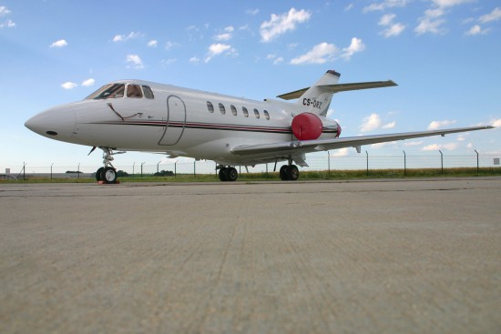 Raytheon Hawker 800XP - CS-DRZ