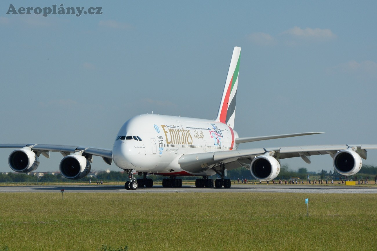 Airbus A380-861 - A6-EES
