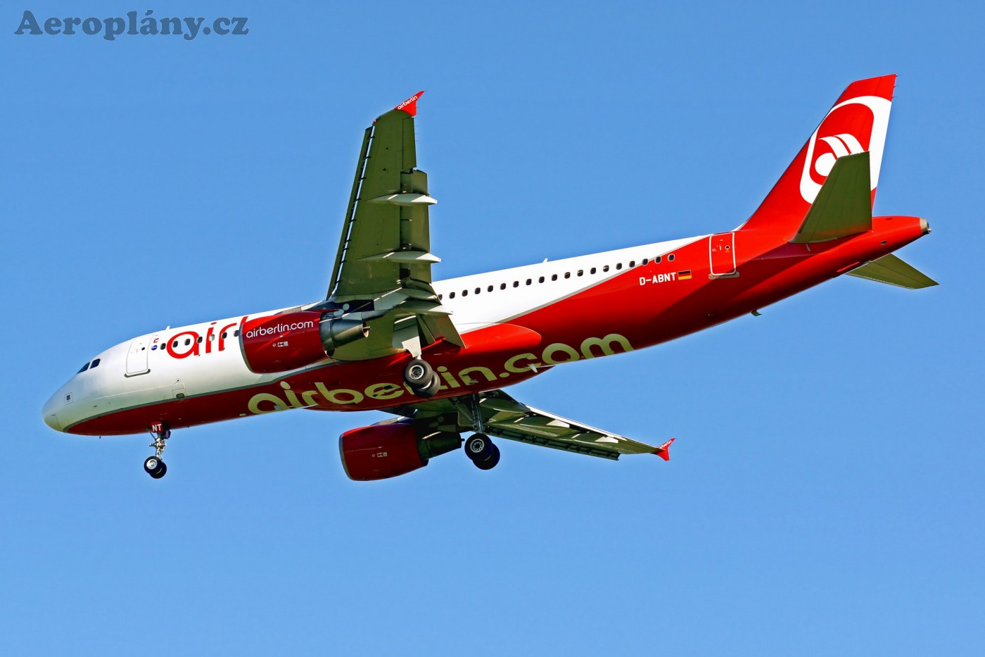 Airbus A320-214 - D-ABNT