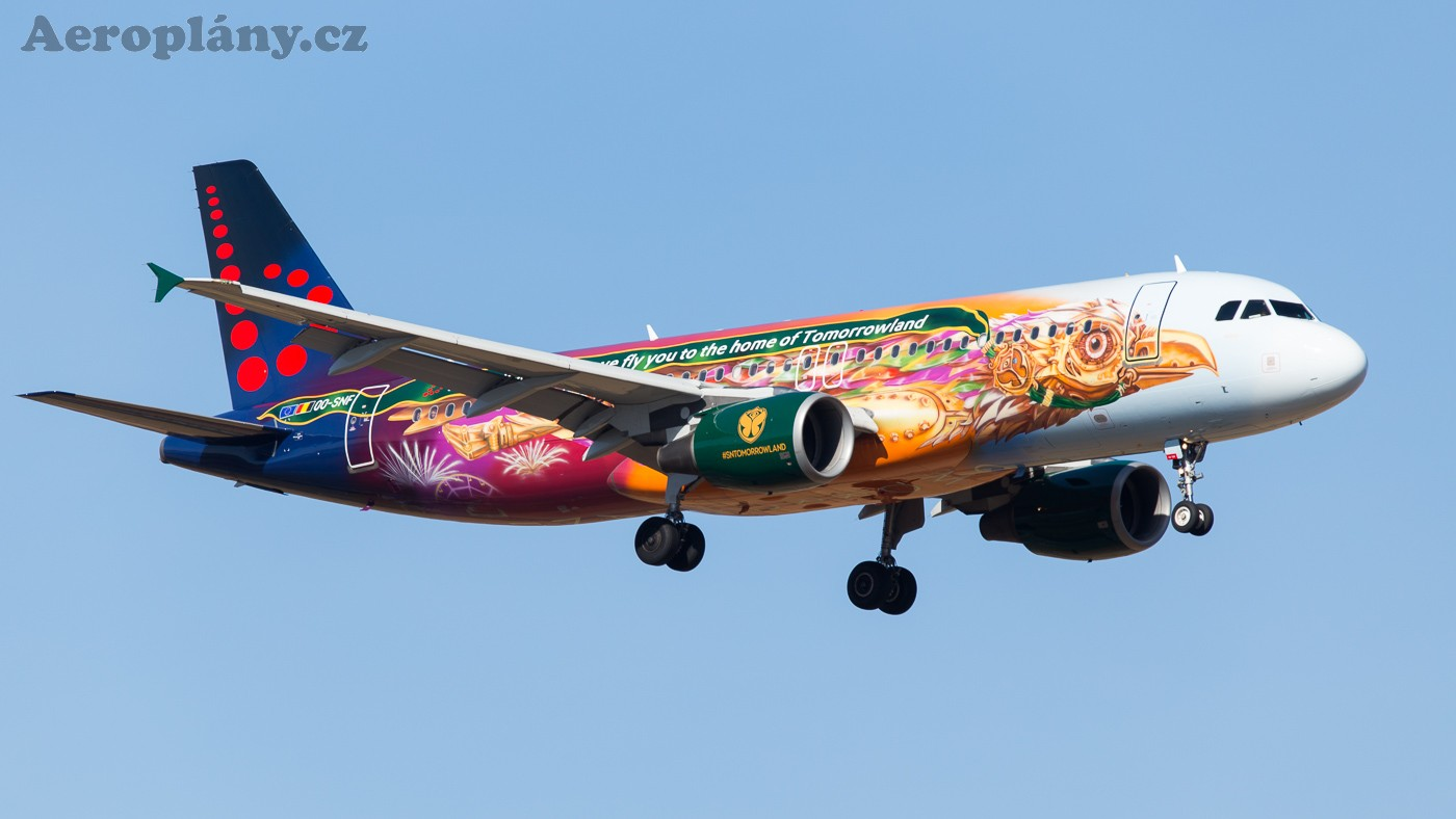 Brussels Airlines A320-214 Tomorrowland livery