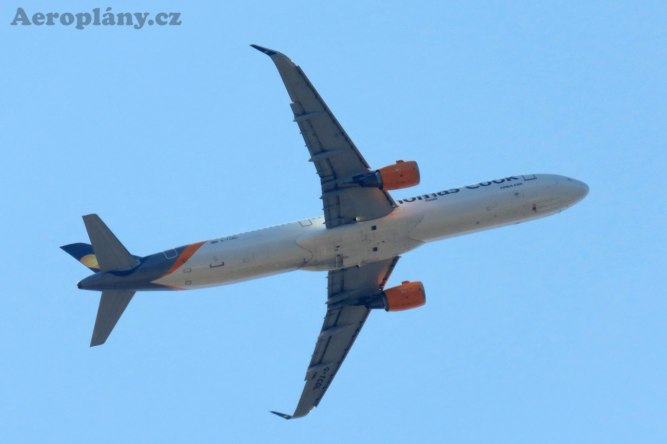 Airbus A321-211 - G-TCDL