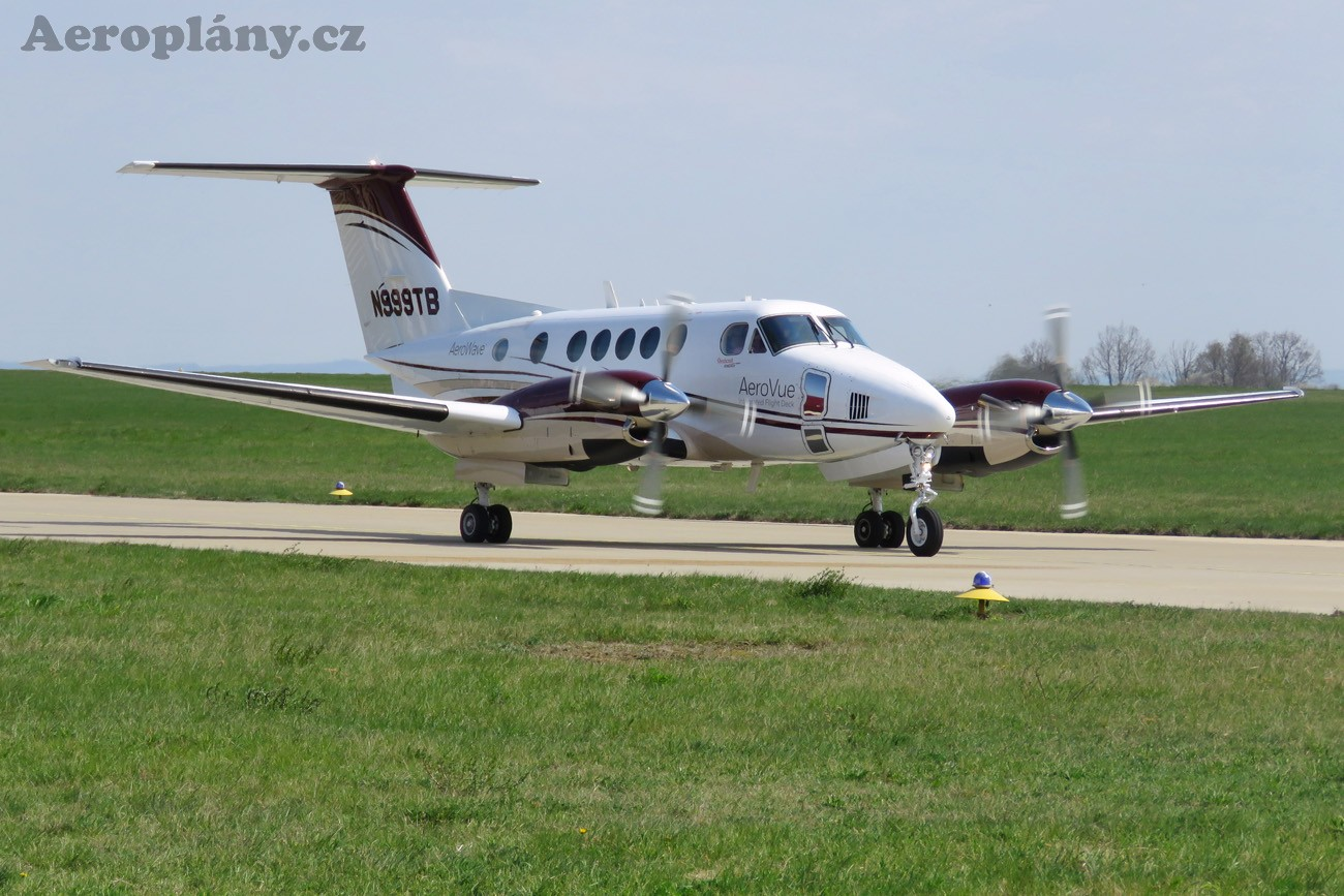 Beechcraft Super King Air 200 - N999TB